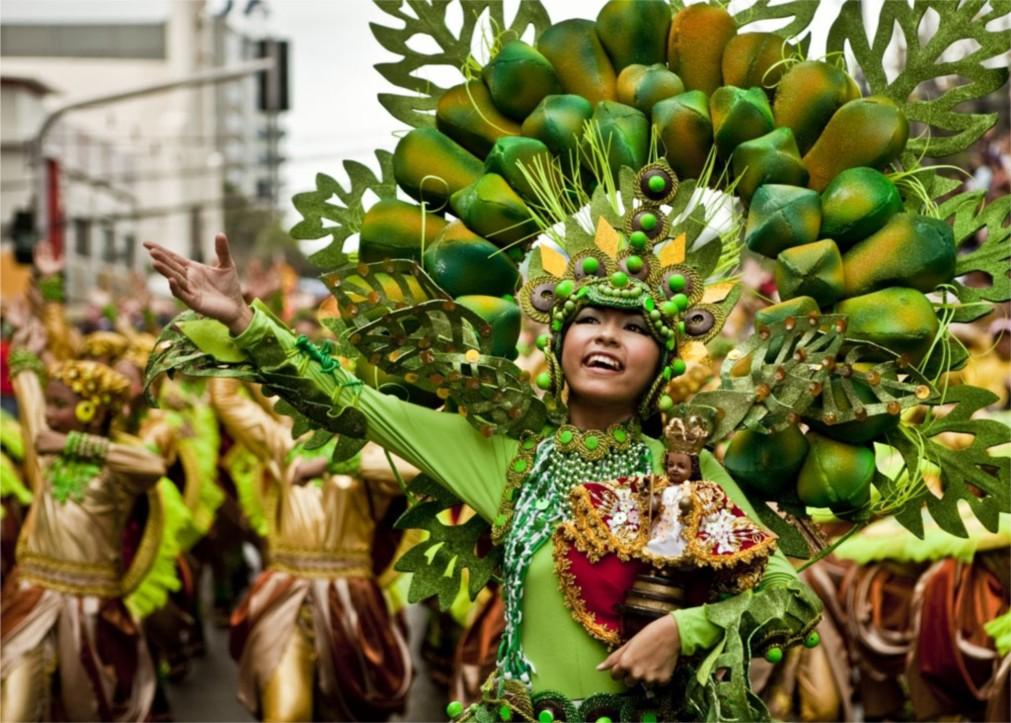 Фестиваль Синулог в Себу http://travelcalendar.ru/wp-content/uploads/2015/09/Festival-Sinulog-v-Sebu_glav1.jpg