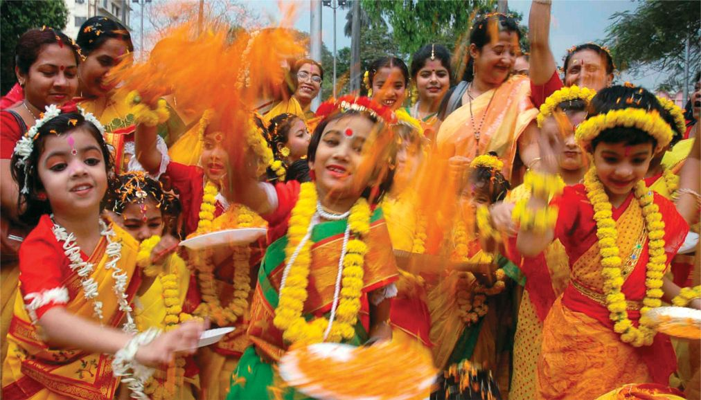 Фестиваль красок Холи в Индии http://travelcalendar.ru/wp-content/uploads/2015/09/Festival-krasok-Holi-v-Indii_glav9.jpg