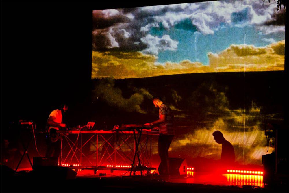 Фестиваль современного искусства RoBOt в Болонье http://travelcalendar.ru/wp-content/uploads/2015/09/Festival-sovremennogo-iskusstva-RoBOt-v-Bolone_vnut1.jpg
