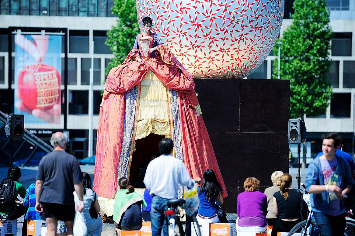 Фестиваль современной оперы Operadagen в Роттердаме http://travelcalendar.ru/wp-content/uploads/2015/09/Festival-sovremennoj-opery-Operadagen-v-Rotterdame2.jpg