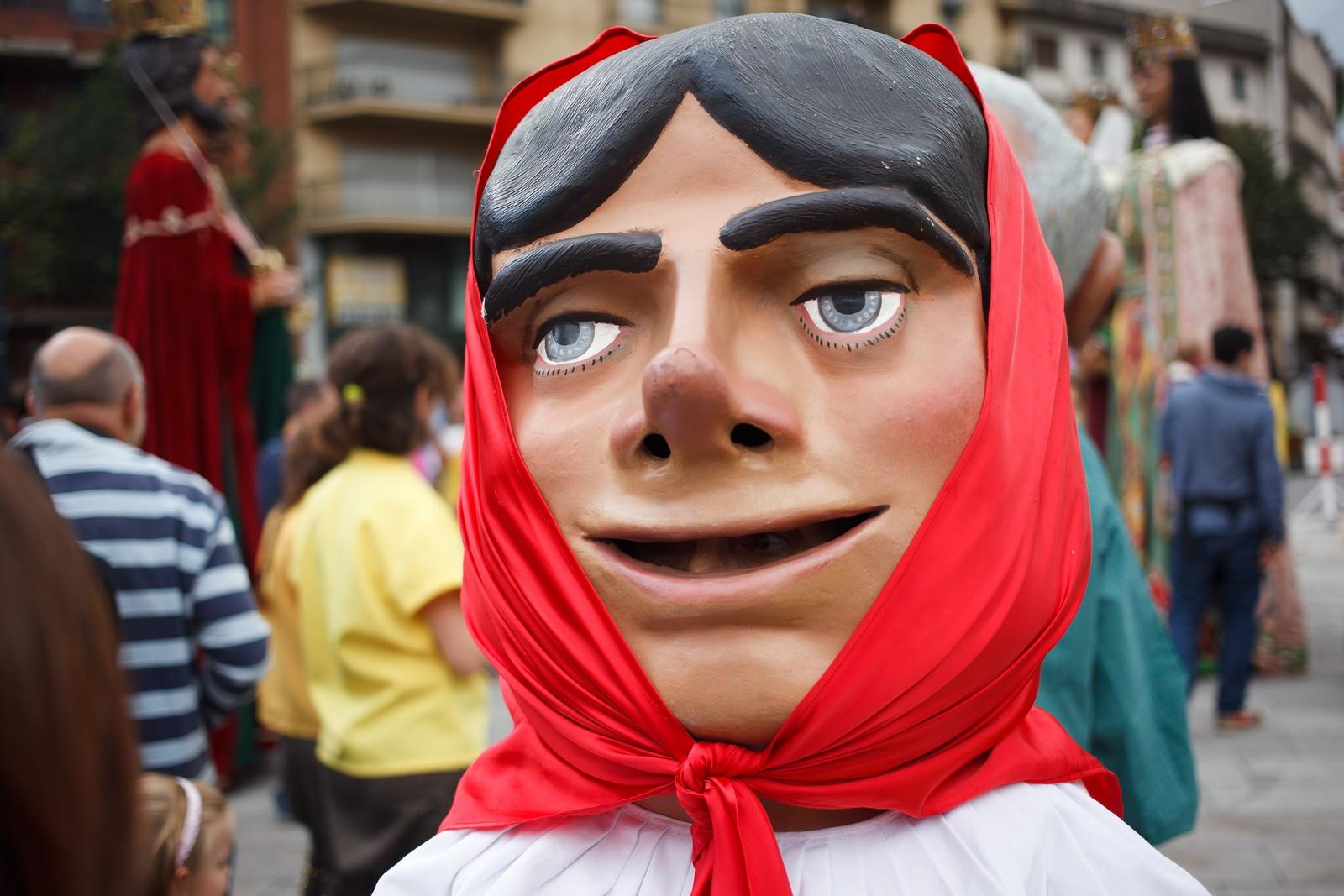 Фестиваль Святого Нарцисса в Жироне http://travelcalendar.ru/wp-content/uploads/2015/09/Girona-Trobada-de-Gegants-Fires-de-Sant-Narcis-A2-Partners-007.jpg
