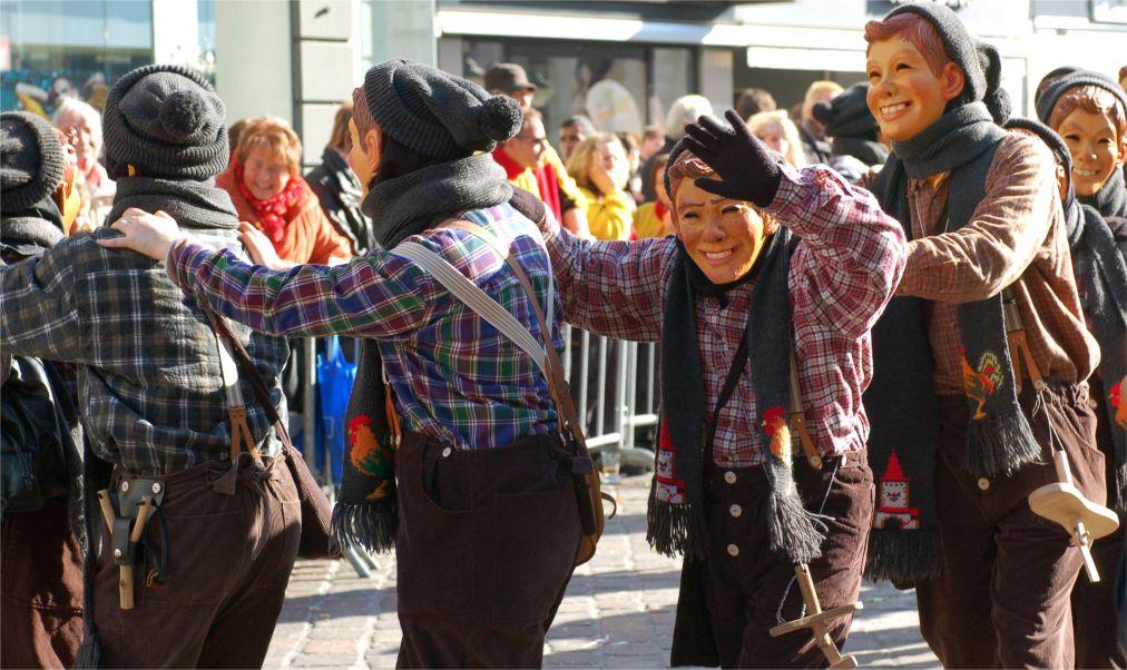 Карнавал Фашинг в Мюнхене http://travelcalendar.ru/wp-content/uploads/2015/09/Karnaval-v-Fashing-v-Myunhene_glav3.jpg