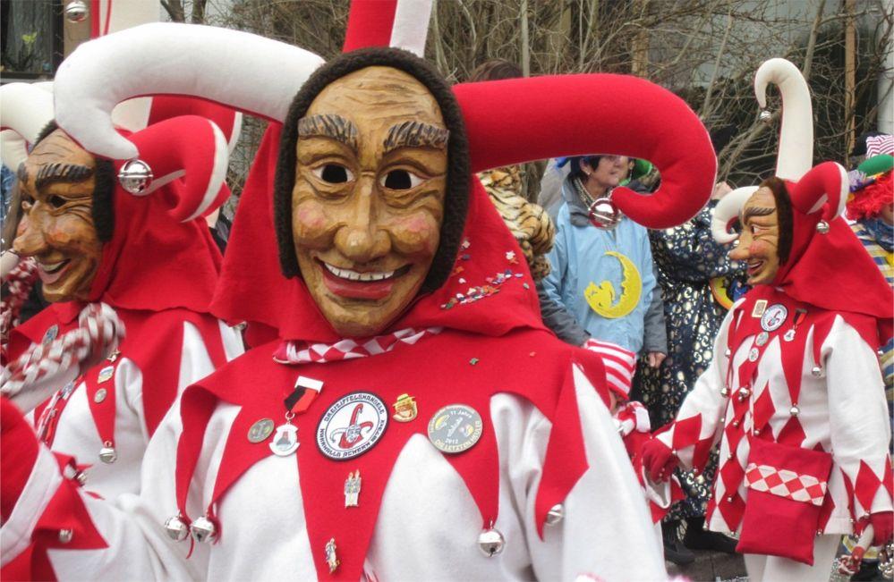 Карнавал в Штутгарте http://travelcalendar.ru/wp-content/uploads/2015/09/Karnaval-v-SHtuttgarte_glav1.jpg