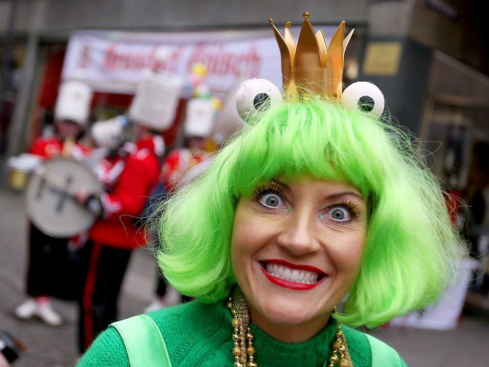 Карнавал в Штутгарте http://travelcalendar.ru/wp-content/uploads/2015/09/Karnaval-v-SHtuttgarte_glav2.jpg