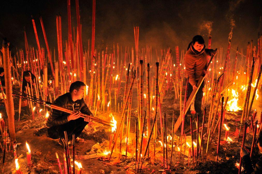 Китайский Новый год в Пекине http://travelcalendar.ru/wp-content/uploads/2015/09/Kitajskij-Novyj-god-v-Pekine_glav4.jpg