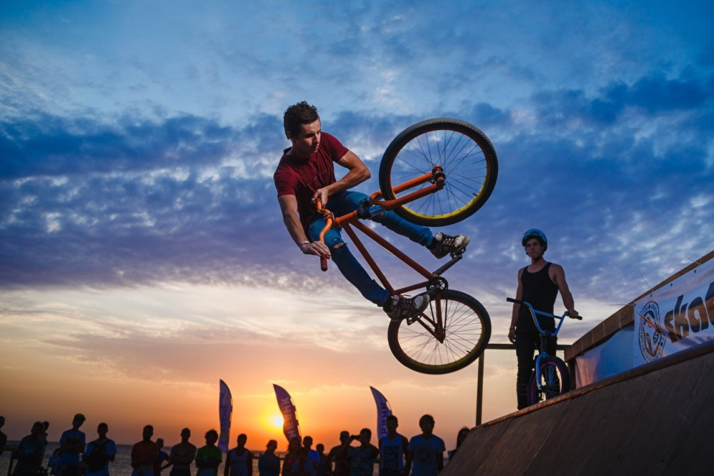 Международный фестиваль экстремальных видов спорта «EXTREME Крым» http://travelcalendar.ru/wp-content/uploads/2015/09/Mezhdunarodnyj-festival-ekstremalnyh-vidov-sporta-EXTREME-Krym-_glav1.jpg