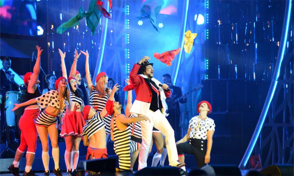 Международный конкурс молодых исполнителей «Новая волна» в Сочи http://travelcalendar.ru/wp-content/uploads/2015/09/Mezhdunarodnyj-konkurs-molodyh-ispolnitelej-Novaya-volna-v-Sochi_glav5.jpg
