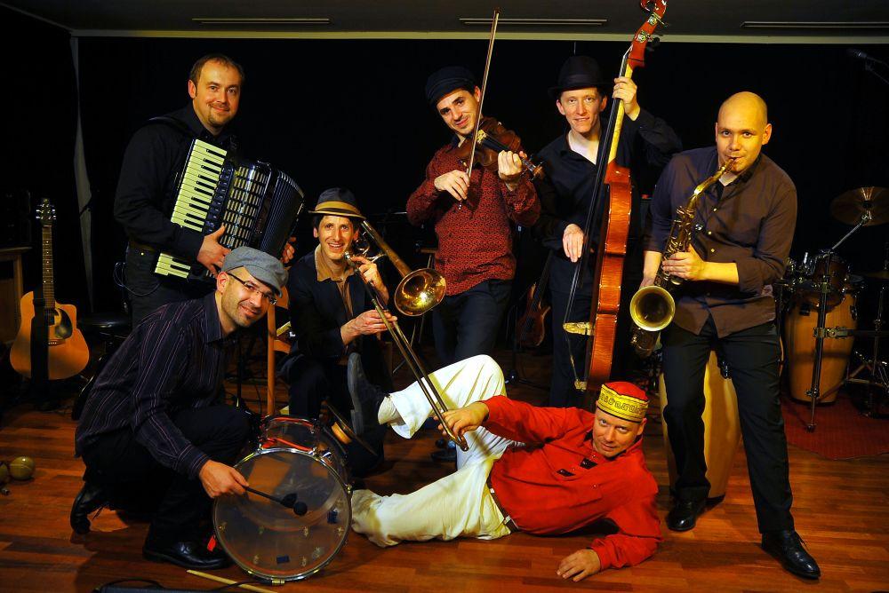 Музыкальный фестиваль KlezMore в Вене http://travelcalendar.ru/wp-content/uploads/2015/09/Muzykalnyj-festival-KlezMore-v-Vene_glav1.jpg