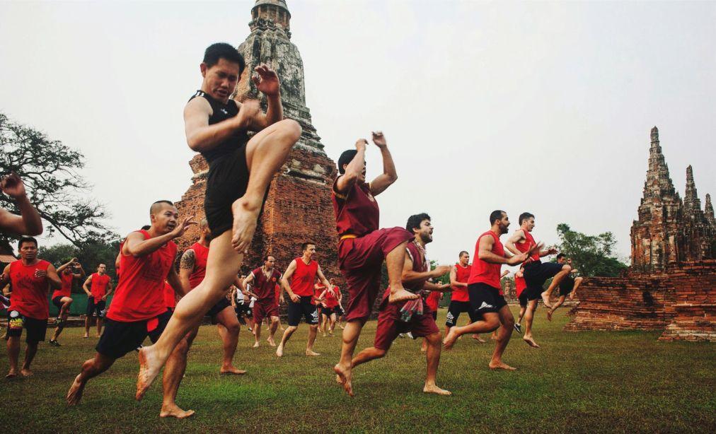 Всемирный фестиваль боевых искусств муай тай в Аюттайе http://travelcalendar.ru/wp-content/uploads/2015/09/Vsemirnyj-festival-boevyh-iskusstv-muj-taj-v-Ayuttaje_glav3.jpg