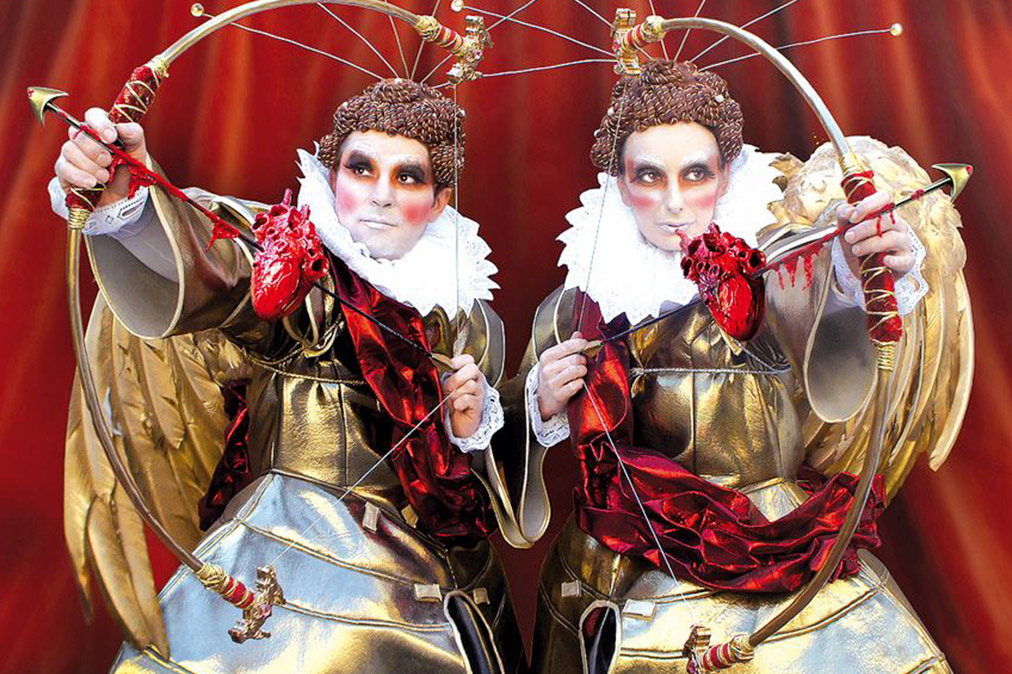 Зимний фестиваль Tollwood в Мюнхене http://travelcalendar.ru/wp-content/uploads/2015/09/Zimnij-festival-Tollwood-v-Myunhene-shir.jpg