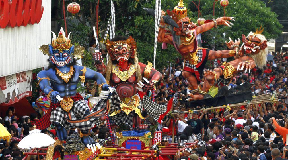 Балийский Новый год Ньепи http://travelcalendar.ru/wp-content/uploads/2015/10/Balijskij-novyj-god-Nepi_glav1.jpg