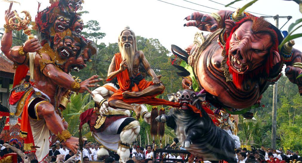Балийский Новый год Ньепи http://travelcalendar.ru/wp-content/uploads/2015/10/Balijskij-novyj-god-Nepi_glav4.jpg