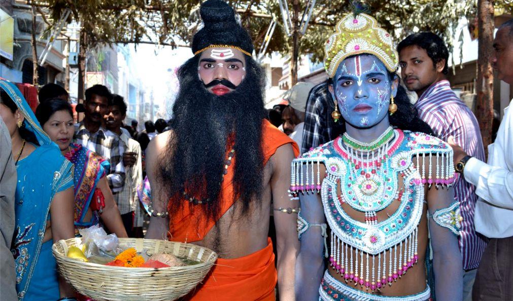 Фестиваль Бали-Ятра в Каттаке http://travelcalendar.ru/wp-content/uploads/2015/10/Festival-Bali-YAtra-v-Kattake_glav2.jpg