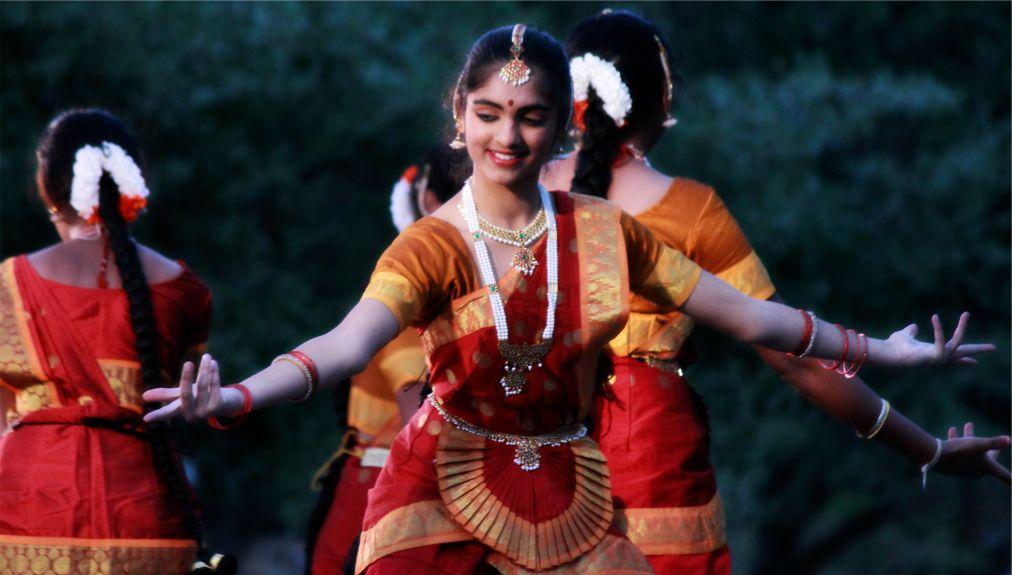 Фестиваль Бали-Ятра в Каттаке http://travelcalendar.ru/wp-content/uploads/2015/10/Festival-Bali-YAtra-v-Kattake_glav3.jpg
