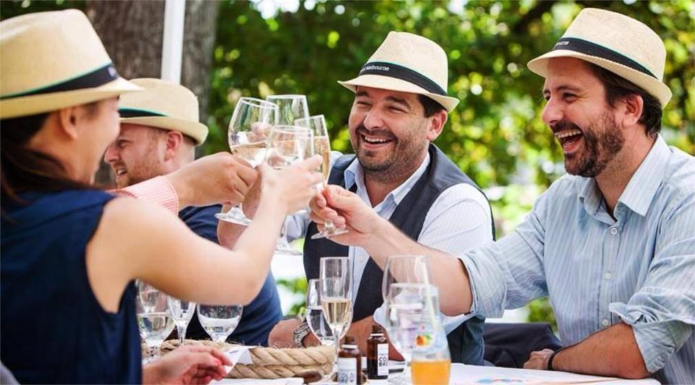 Фестиваль еды и вина в Мельбурне http://travelcalendar.ru/wp-content/uploads/2015/10/Festival-edy-i-vina-v-Melburne_glav4.jpg