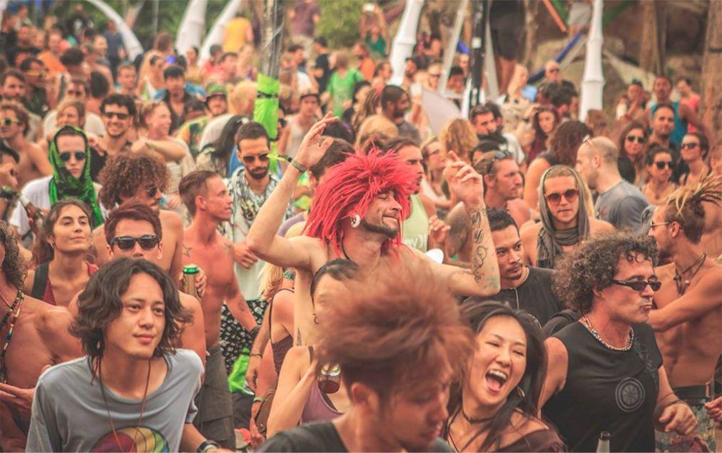 Фестиваль электронной музыки Experience на Ко Тао http://travelcalendar.ru/wp-content/uploads/2015/10/Festival-elektronnoj-muzyki-Experience-na-Ko-Tao_glav3.jpg