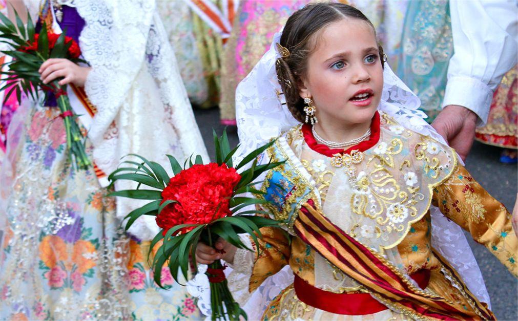 Фестиваль огня Лас Фальяс в Валенсии http://travelcalendar.ru/wp-content/uploads/2015/10/Festival-ognya-Las-Falyans-v-Valensii_glav4.jpg