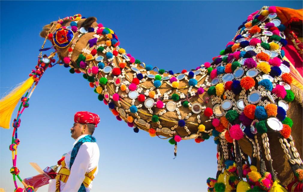 Фестиваль пустыни в Джайсалмере http://travelcalendar.ru/wp-content/uploads/2015/10/Festival-pustyni-v-Dzhajsalmere_glav4.jpg