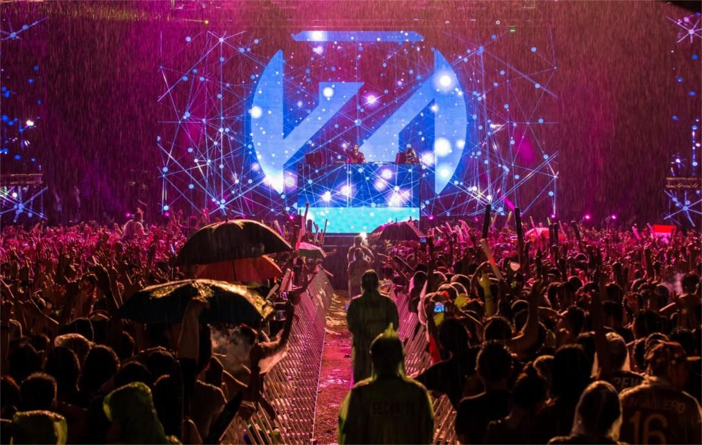 Фестиваль танцевальной музыки Djakarta Warehouse Project http://travelcalendar.ru/wp-content/uploads/2015/10/Festival-tantsevalnoj-muzyki-Djakarta-Warehouse-Project_glav2.jpg