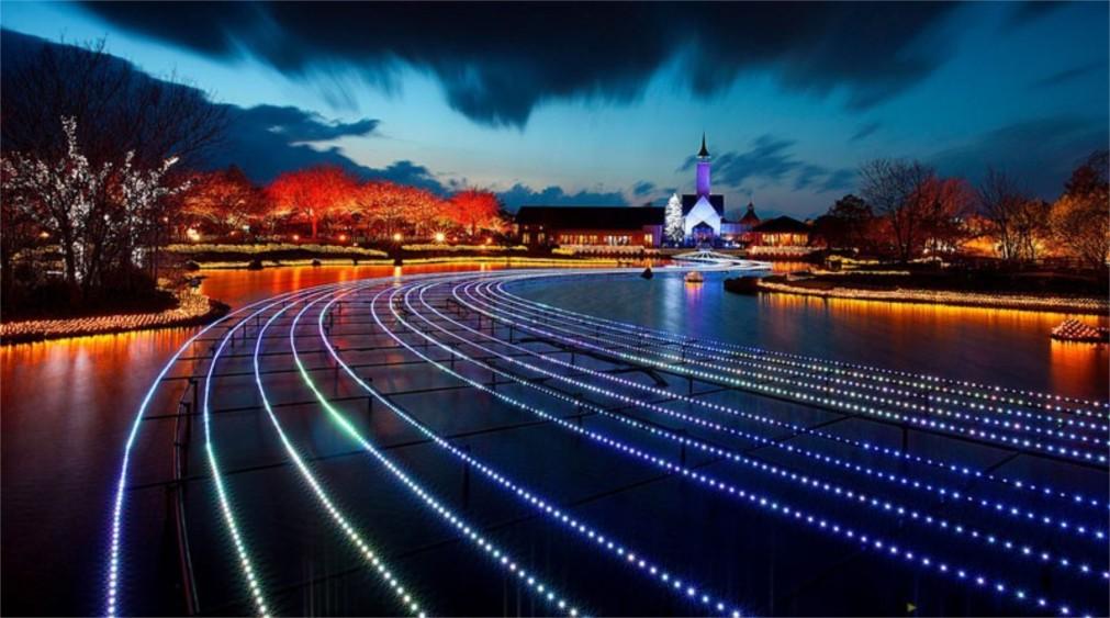 Фестиваль зимних огней в Кувана http://travelcalendar.ru/wp-content/uploads/2015/10/Festival-zimnih-ognej-v-Kuvana_glav2.jpg