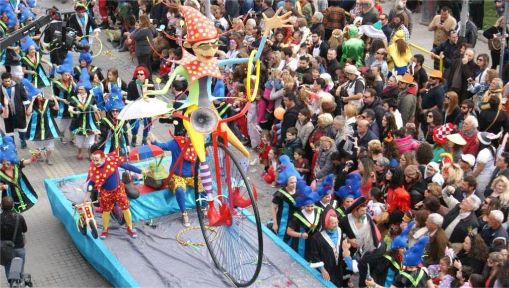 Карнавал в Ретимно http://travelcalendar.ru/wp-content/uploads/2015/10/Karnaval-v-Retimno_glav3.jpg
