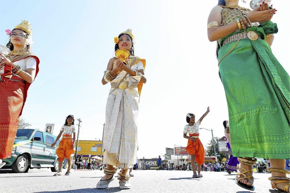 Кхмерский Новый год в Камбодже http://travelcalendar.ru/wp-content/uploads/2015/10/Khmerskij-Novyj-god-v-Kambodzhe_glav2.jpg