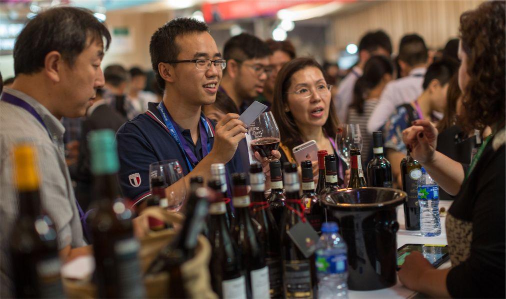 Фестиваль вина и гастрономии в Гонконге http://travelcalendar.ru/wp-content/uploads/2015/10/Mesyats-vina-i-gastronomii-v-Gonkonge_glav2.jpg