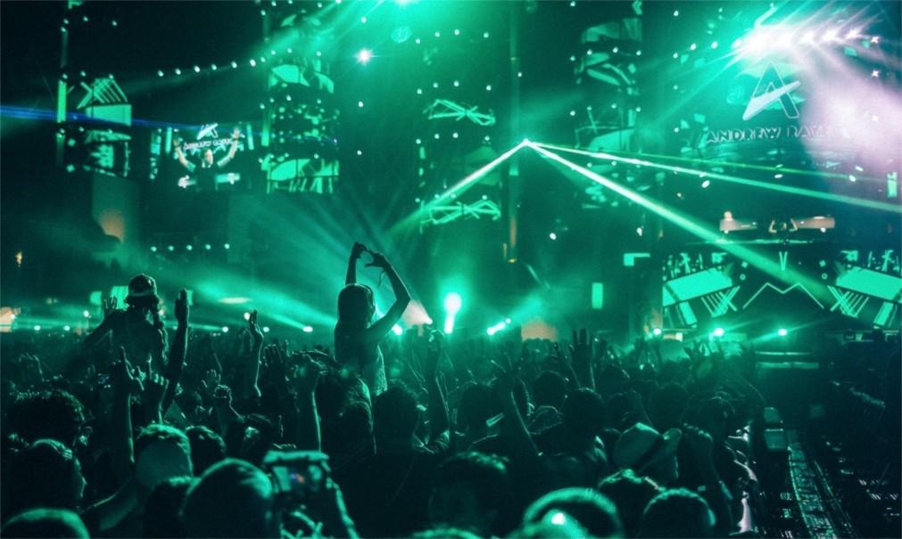 Музыкальный фестиваль S2O в Бангкоке http://travelcalendar.ru/wp-content/uploads/2015/10/Muzykalnyj-festival-S2O-v-Bangkoke_glav2.jpg