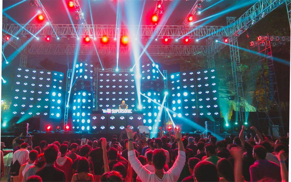 Фестиваль электронной музыки «Supersonic VH1» в Пуне http://travelcalendar.ru/wp-content/uploads/2015/10/Muzykalnyj-festival-Supersonic-VH1-v-Goa_glav1.jpg
