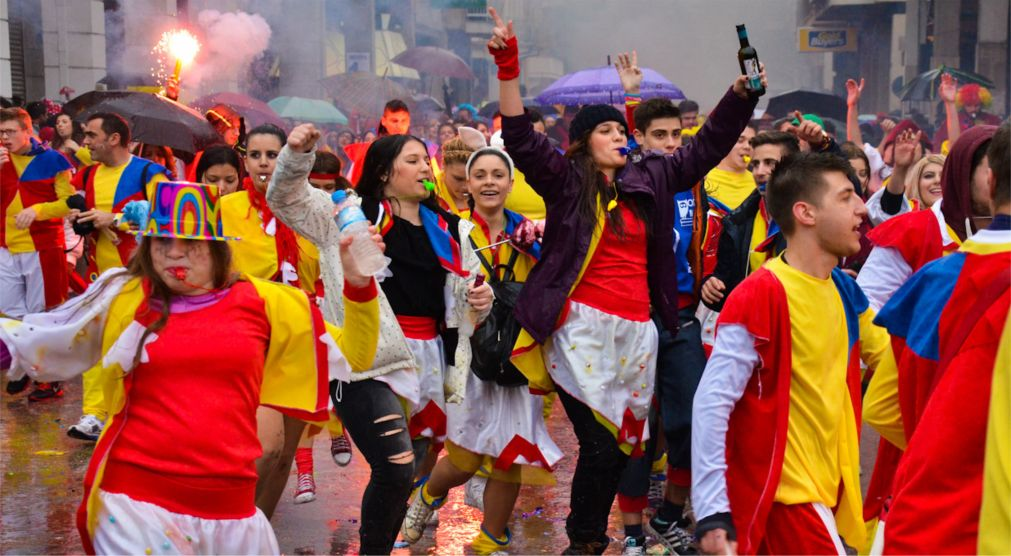 Патрский карнавал http://travelcalendar.ru/wp-content/uploads/2015/10/Patrskij-karnaval_glav3.jpg
