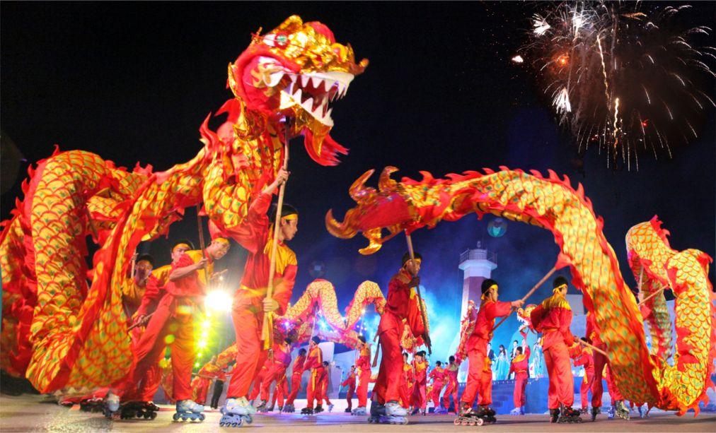 Вьетнамский Новый год Тет в Ханое http://travelcalendar.ru/wp-content/uploads/2015/10/Vetnamskij-Novyj-god-Tet-v-Hanoe_glav6.jpg