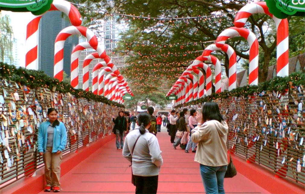 Зимний фестиваль в Гонконге http://travelcalendar.ru/wp-content/uploads/2015/10/Zimnij-festival-v-Gonkonges_glav3.jpg