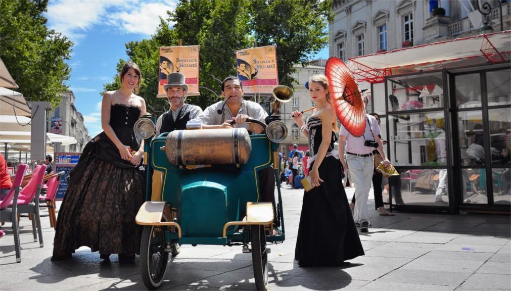 Авиньонский театральный фестиваль http://travelcalendar.ru/wp-content/uploads/2015/11/Avinonskij-teatralnyj-festival_glav4.jpg