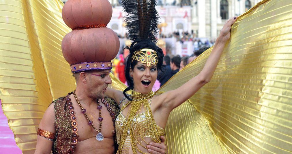 Благотворительный фестиваль «Бал жизни» в Вене http://travelcalendar.ru/wp-content/uploads/2015/11/Blagotvoritelnyj-festival-Bal-zhizni-v-Vene_glav5.jpg