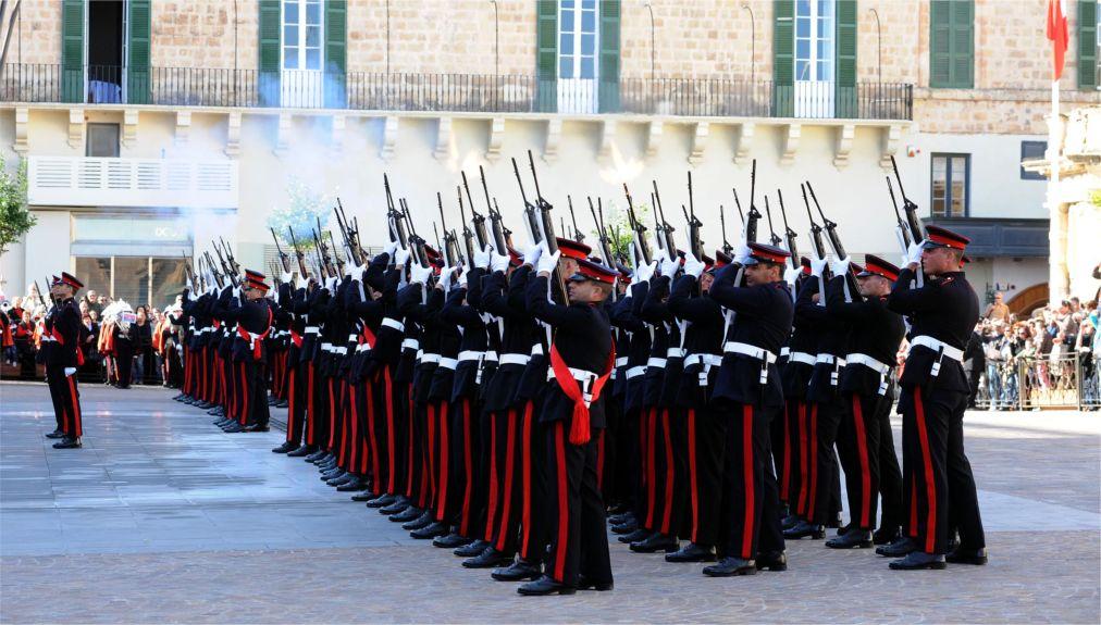 День республики на Мальте http://travelcalendar.ru/wp-content/uploads/2015/11/Den-respubliki-na-Malte_glav2.jpg