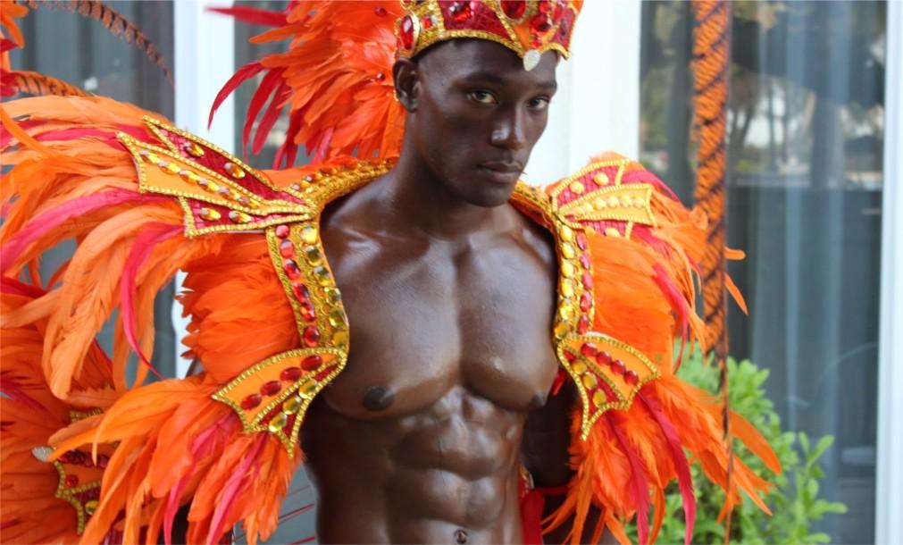 Фестиваль Джанкано в Нассау http://travelcalendar.ru/wp-content/uploads/2015/11/Festival-Dzhankano-v-Nassau_glavn4.jpg
