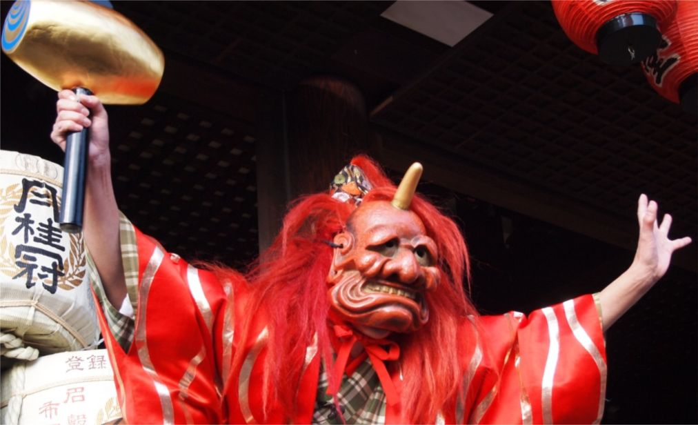 Фестиваль Сэцубун в Японии http://travelcalendar.ru/wp-content/uploads/2015/11/Festival-Setsubun-v-YAponii_glav3.jpg