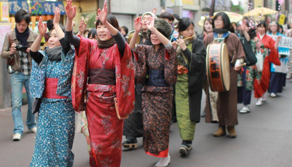 Фестиваль Сэцубун в Японии http://travelcalendar.ru/wp-content/uploads/2015/11/Festival-Setsubun-v-YAponii_glav5.jpg