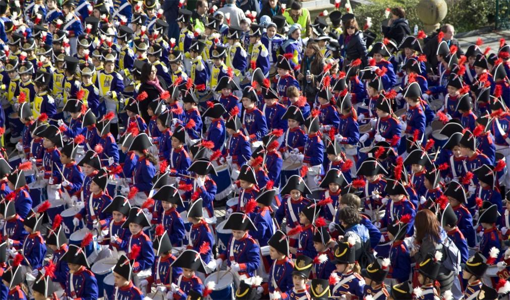 Фестиваль «Тамборрада» в Сан-Себастьяне http://travelcalendar.ru/wp-content/uploads/2015/11/Festival-Tamborrada-v-San-Sebastyane_glavn5.jpg