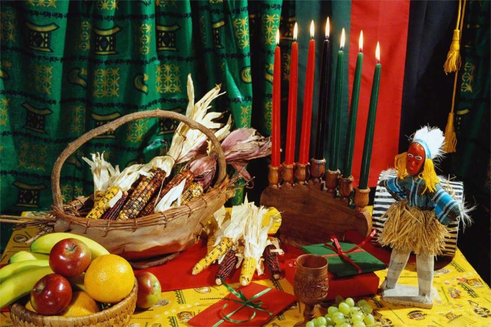 Фестиваль африканской культуры Кванза в США http://travelcalendar.ru/wp-content/uploads/2015/11/Festival-afrikanskoj-kultury-Kvanza-v-SSHA_glav1.jpg