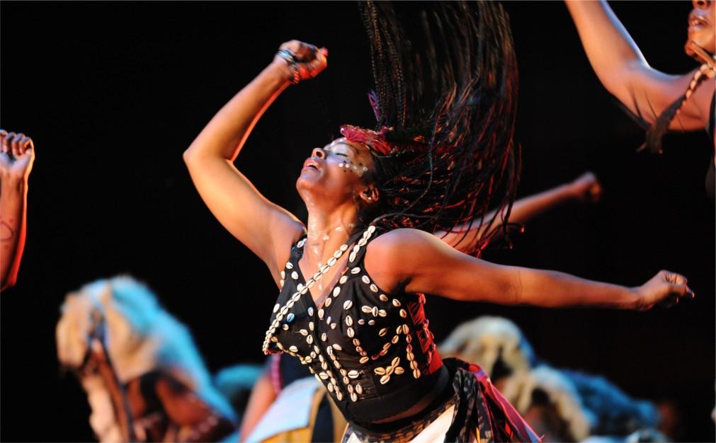 Фестиваль африканской культуры Кванза в США http://travelcalendar.ru/wp-content/uploads/2015/11/Festival-afrikanskoj-kultury-Kvanza-v-SSHA_glav4.jpg