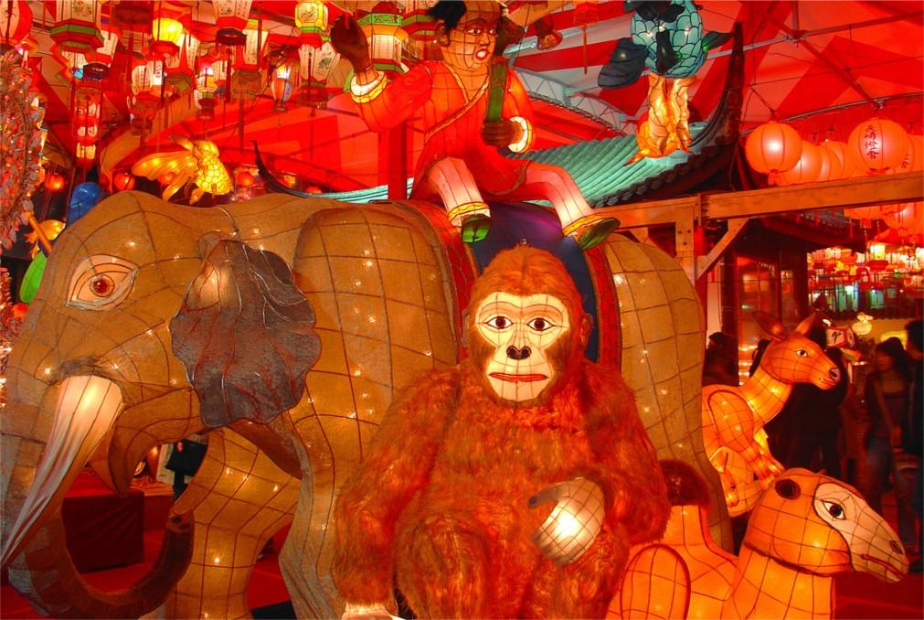 Фестиваль фонарей в Нагасаки http://travelcalendar.ru/wp-content/uploads/2015/11/Festival-fonarej-v-Nagasaki_glavn4.jpg