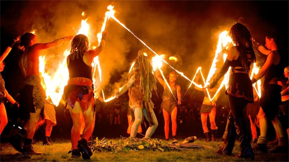 Фестиваль огня Белтейн в Эдинбурге http://travelcalendar.ru/wp-content/uploads/2015/11/Festival-ognya-Beltejn-v-Edinburge_glav2.jpg