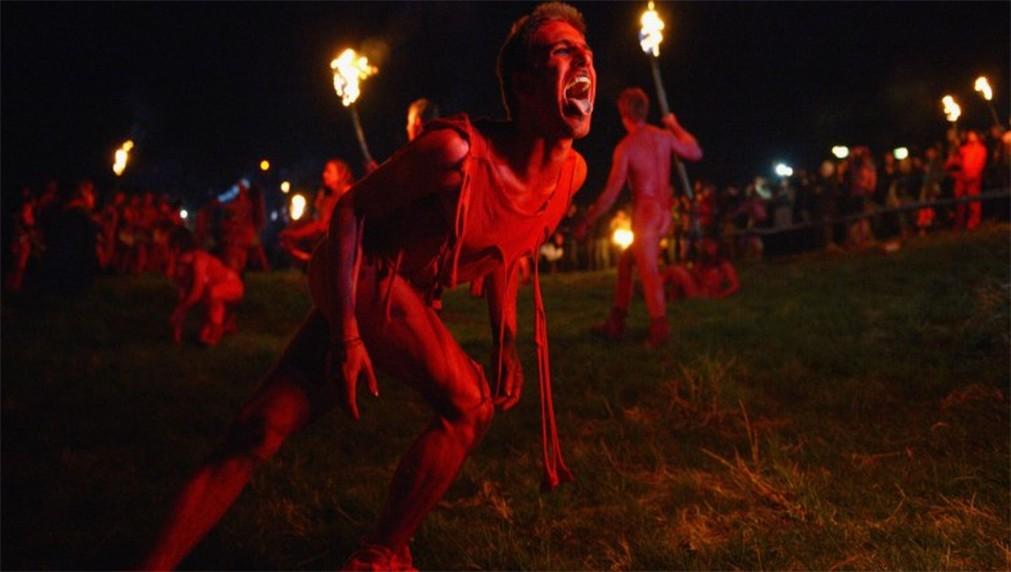 Фестиваль огня Белтейн в Эдинбурге http://travelcalendar.ru/wp-content/uploads/2015/11/Festival-ognya-Beltejn-v-Edinburge_glav6.jpg