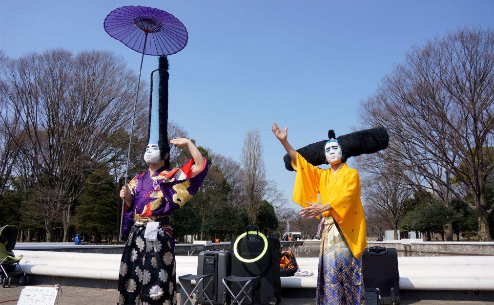 Фестиваль цветения сакуры в Токио http://travelcalendar.ru/wp-content/uploads/2015/11/Festival-tsveteniya-sakury-v-Tokio_glav7.jpg
