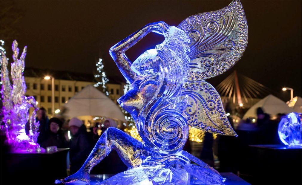 Международный фестиваль ледовых скульптур в Елгаве http://travelcalendar.ru/wp-content/uploads/2015/11/Mezhdunarodnyj-festival-ledovyh-skulptur-v-Elgave_glav9.jpg
