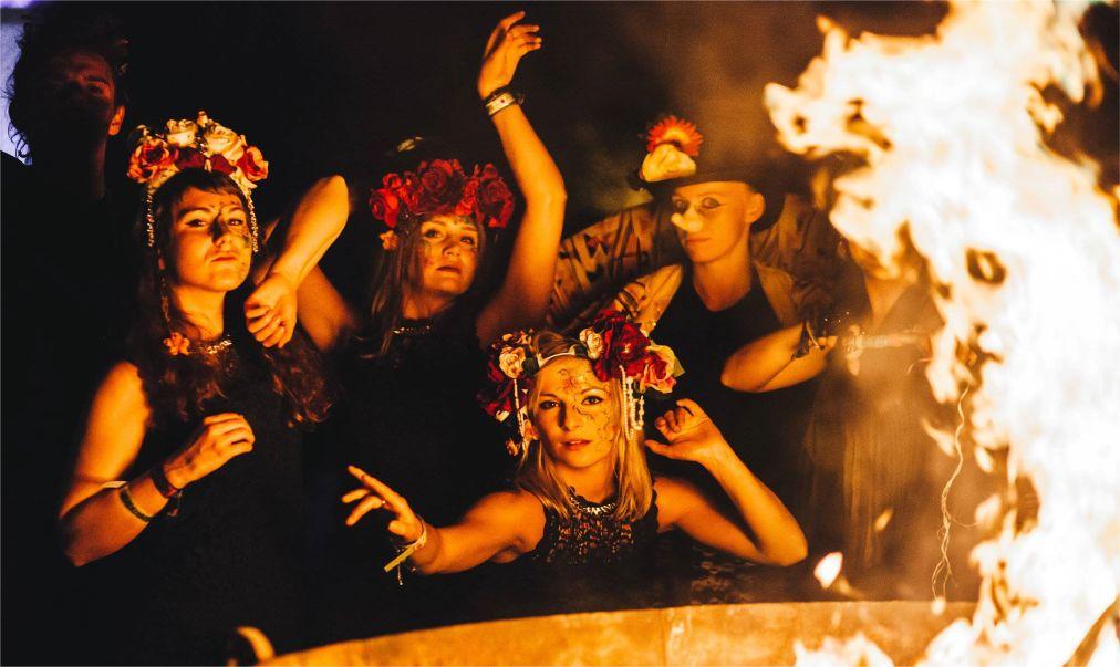 Музыкальный фестиваль Secret Garden Party в Хантингтоне http://travelcalendar.ru/wp-content/uploads/2015/11/Muzykalnyj-festival-Secret-Garden-Party-v-Hantingtone_glav4.jpg