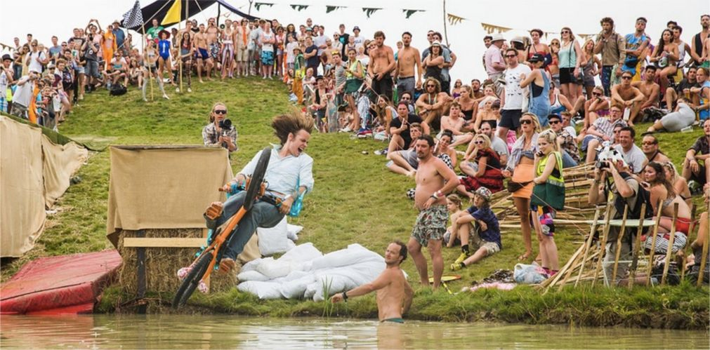 Музыкальный фестиваль Secret Garden Party в Хантингтоне http://travelcalendar.ru/wp-content/uploads/2015/11/Muzykalnyj-festival-Secret-Garden-Party-v-Hantingtone_glav7.jpg