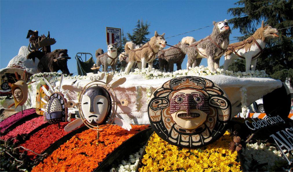 Парад роз в Пасадене http://travelcalendar.ru/wp-content/uploads/2015/11/Parad-roz-v-Pasadene_glav3.jpg