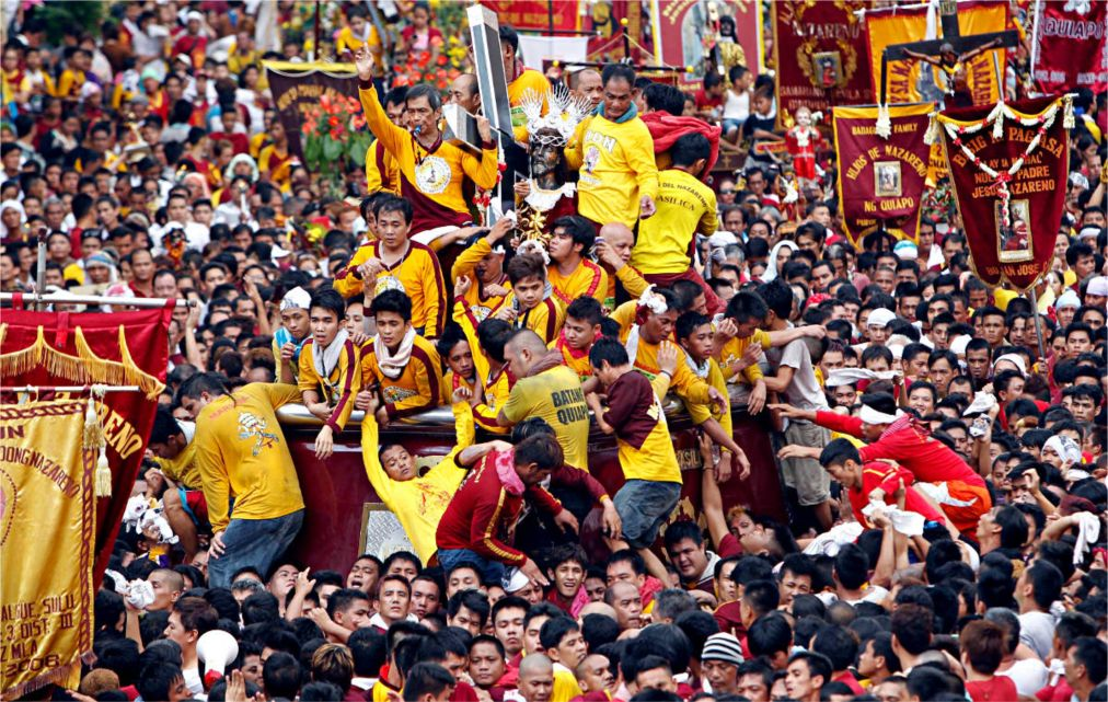 Праздник Черного Назареянина в Маниле http://travelcalendar.ru/wp-content/uploads/2015/11/Prazdnik-CHernogo-Nazareyanina-v-Manile_glav1.jpg